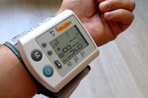 FBG sensors for pressure measurement